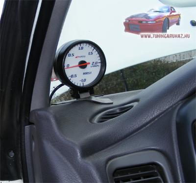 Subaru Impreza APEXi boost gauge